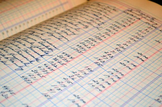 hechos_contables