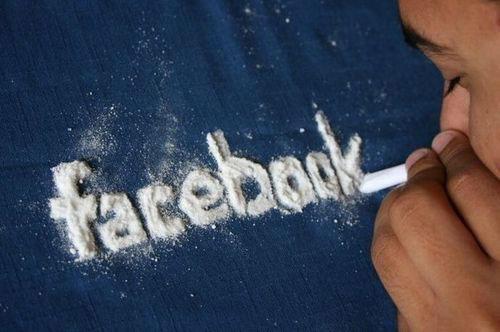 Adiccion a redes sociales - Facebook
