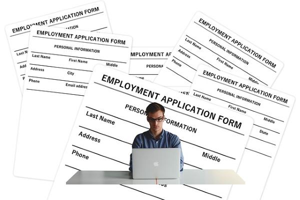 Debes estar dado de alta en la oficina de empleo para acogerte a los contratos a tiempo parcial con vinculación formativa