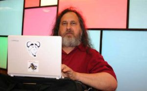 richard stallman aplicaciones cloud computing Linux