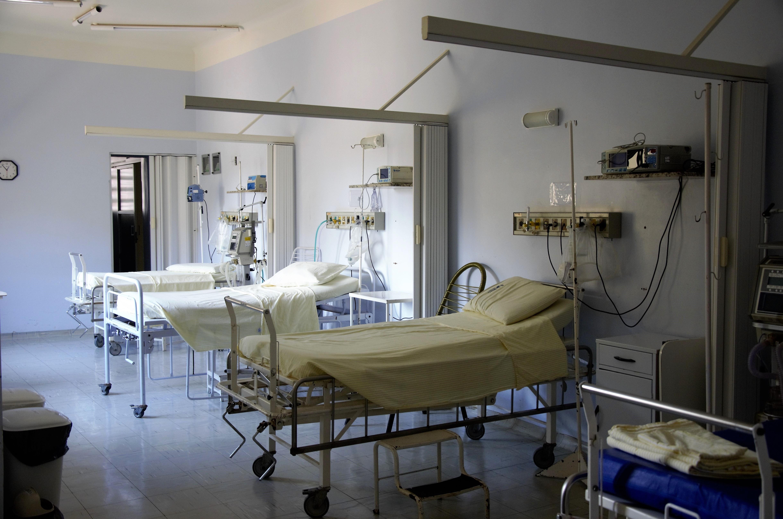 hospital-plástico