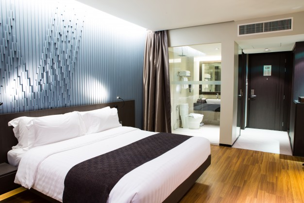 estancia donde se pretendió decorar el dormitorio con tonos suaves
