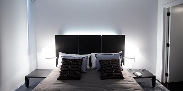iluminación indirecta para decorar el dormitorio