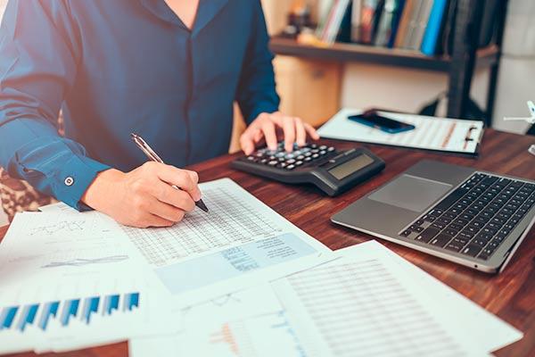 aplicación de la normativa de contabilidad en España